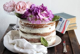naked cake camy cream