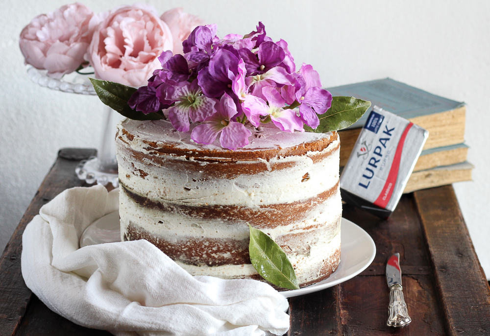 naked cake camy cream