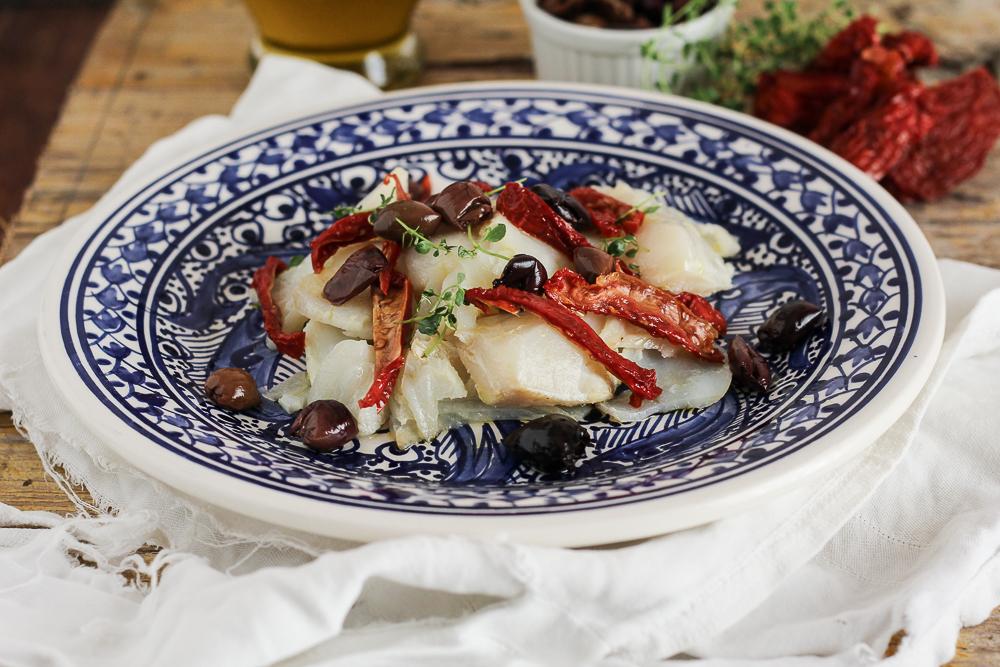 Stoccafisso con Olive Taggiasche e Pomodori secchi