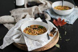 Zuppa di fagioli, funghi e castagne