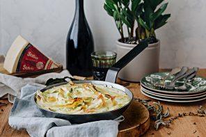 Crepes gratinate prosciutto, piselli e formaggio Stelvio